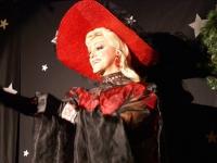 Chandalier as Evita